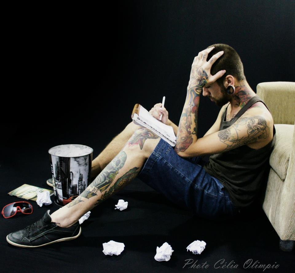 Homem Tatuado Luan dos Anjos 23