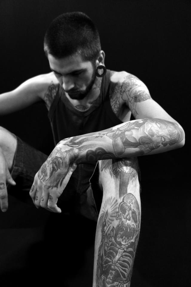 Homem Tatuado Luan dos Anjos 47
