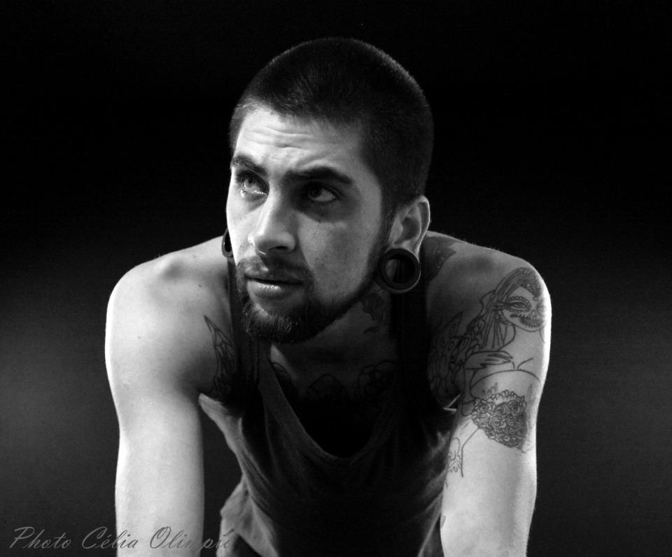 Homem Tatuado Luan dos Anjos 48