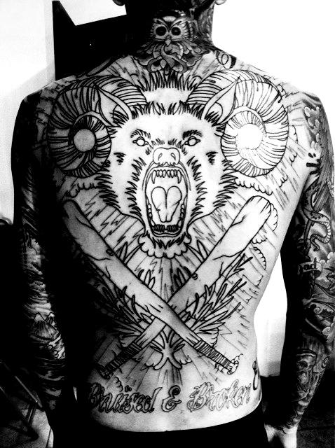Tatuagem-nas-costas-05