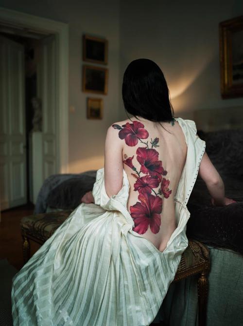 Tatuagem-nas-costas-40