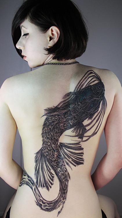Tatuagem-nas-costas-47