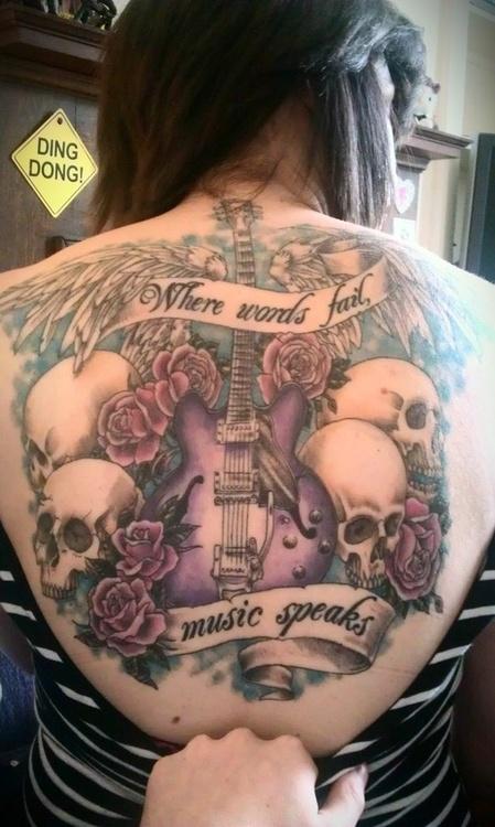 Tatuagem-nas-costas-51