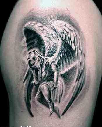 Tatuagens de Anjos 19