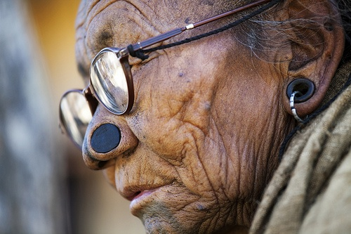 As mulheres da tribo Apatani 33