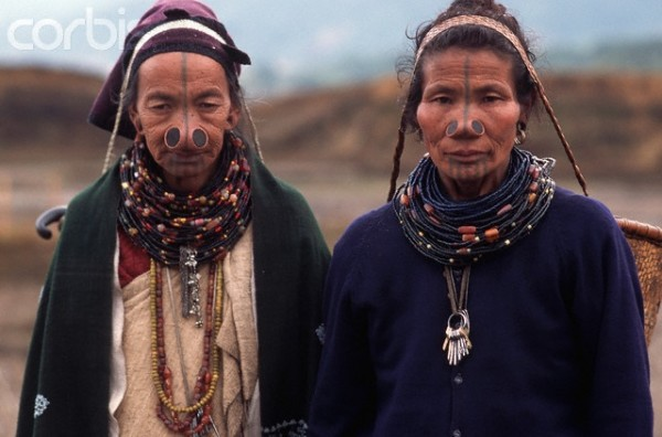As mulheres da tribo Apatani 39