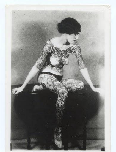 Damas tatuadas Jean Carroll 01