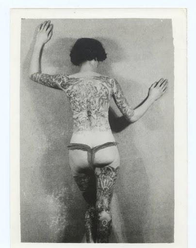 Damas tatuadas Jean Carroll 02