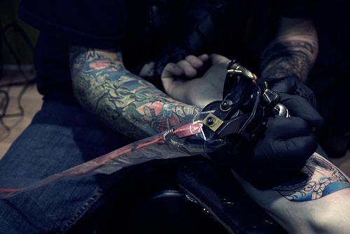 Fotos de tatuagens tiradas de perto 16