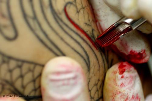 Fotos de tatuagens tiradas de perto 23