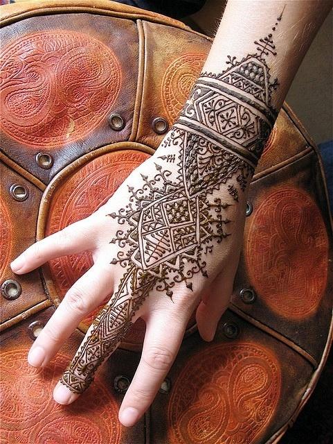O que e tatuagem de Henna 17