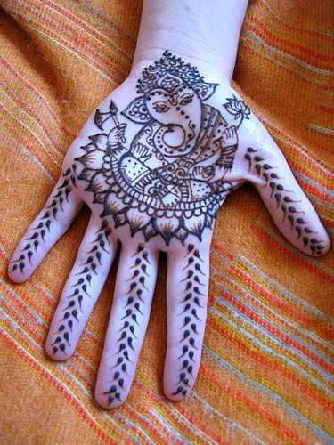 O que e tatuagem de Henna 32