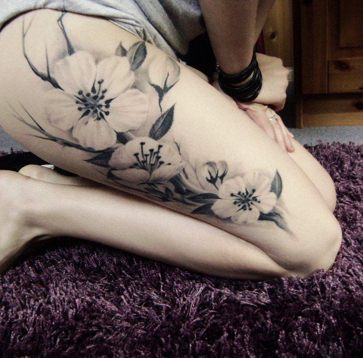 Tattoo na coxa (50)