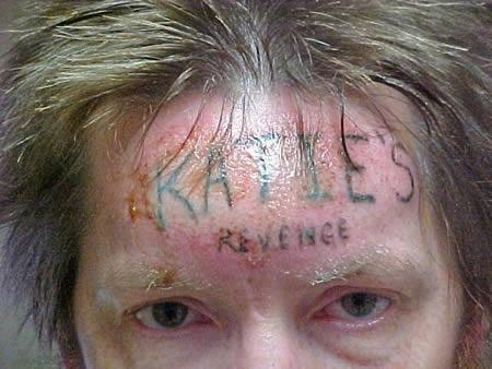 Tatuagens feitas por vingança 01