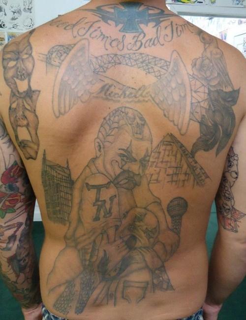 Tatuagens horriveis 18