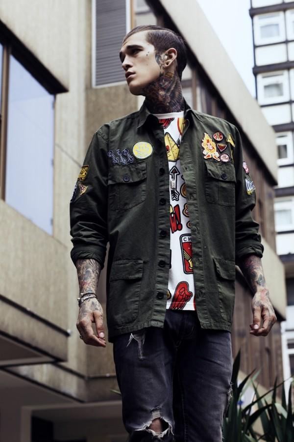 Homem tatuado Jimmy Q 17