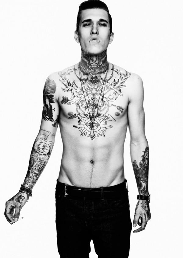 Homem tatuado Jimmy Q 19