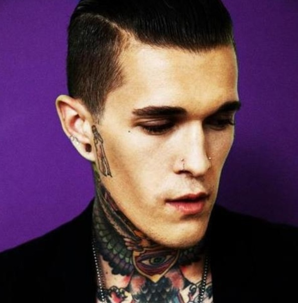 Homem tatuado Jimmy Q 28