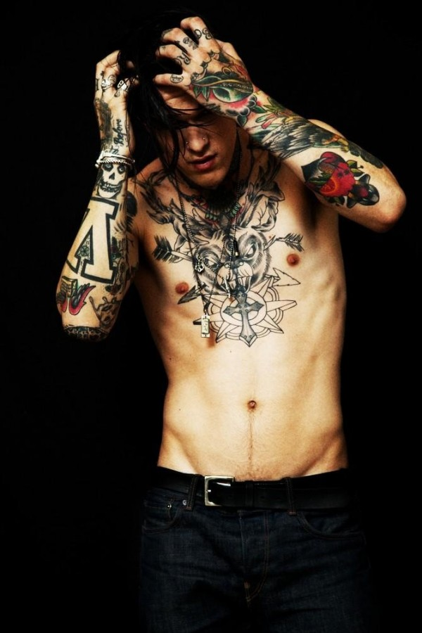 Homem tatuado Jimmy Q 38
