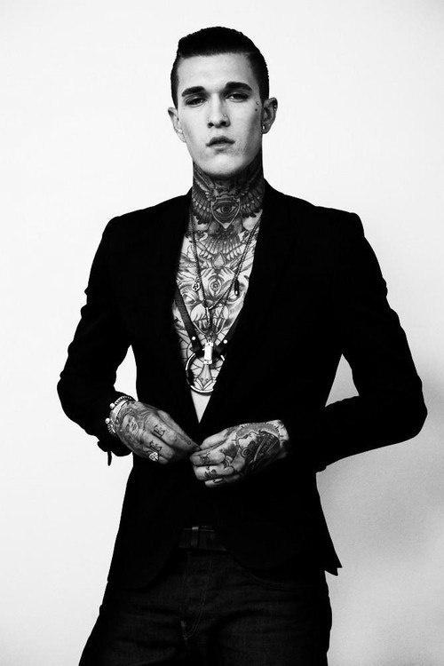 Homem tatuado Jimmy Q 39