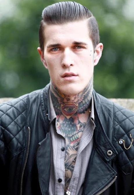 Homem tatuado Jimmy Q 42