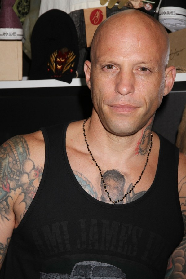 Homen Tatuado - Ami James 13