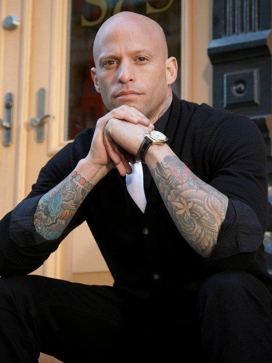 Homen Tatuado - Ami James 15