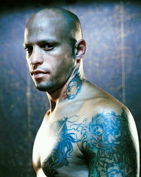 Homen Tatuado - Ami James 16