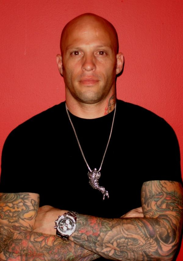 Homen Tatuado - Ami James 17