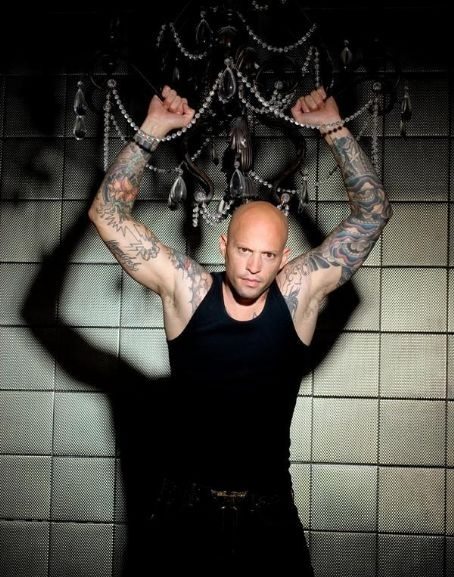 Homen Tatuado - Ami James 18
