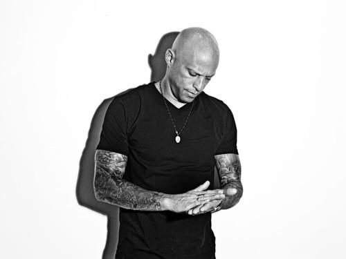 Homen Tatuado - Ami James 20