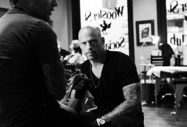 Homen Tatuado - Ami James 31