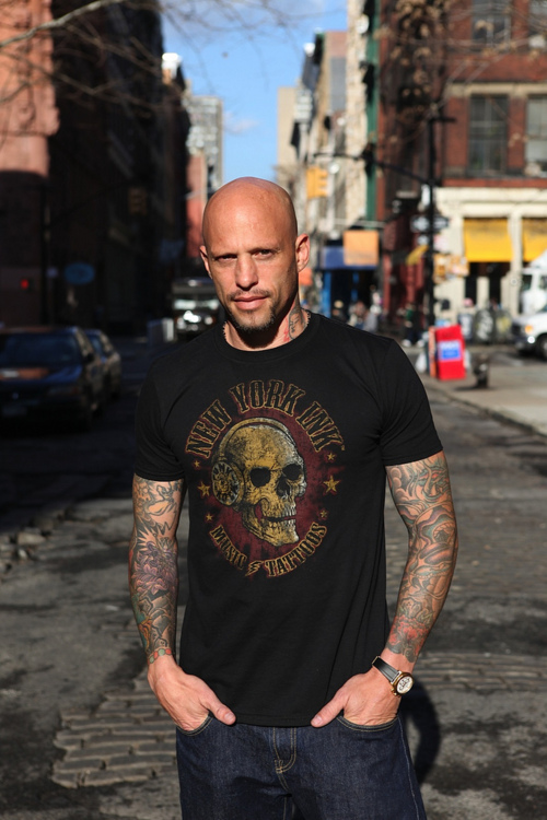 Homen Tatuado - Ami James 35