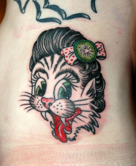 Lindas tatuagens de gatos 20