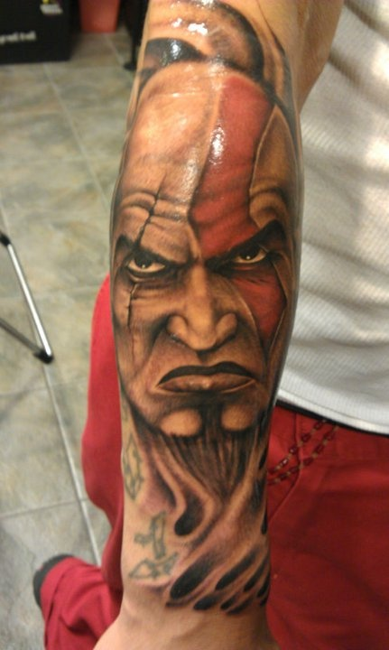 Tatuagens de Kratos do God Of War 11
