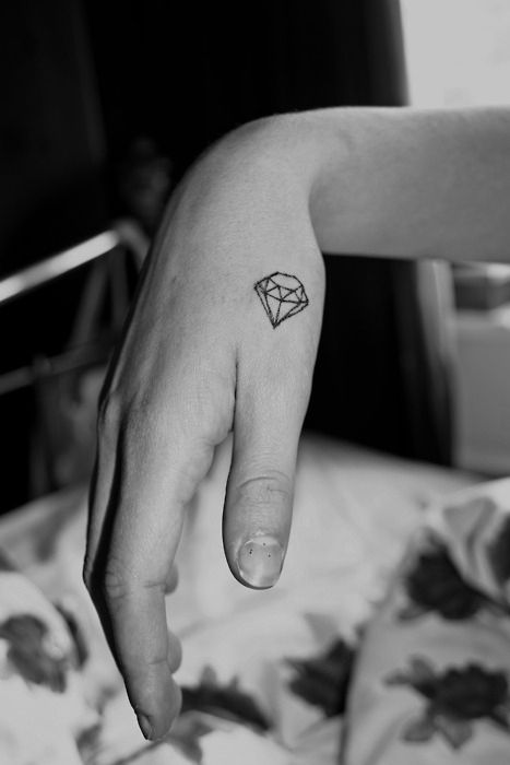 geometric_tattoos_12