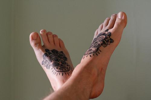 Fotos de tatuagens nos pes - Tattooed Feet 01