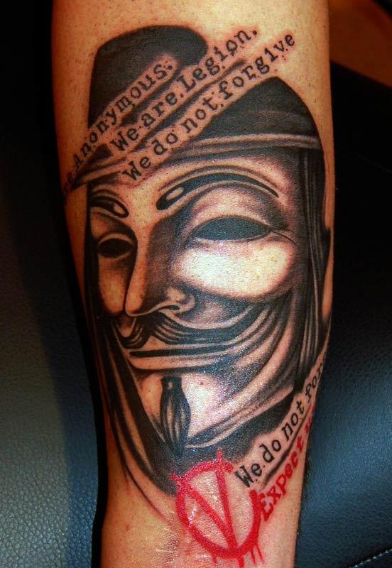 Tatuagens de V de Vinganca 01