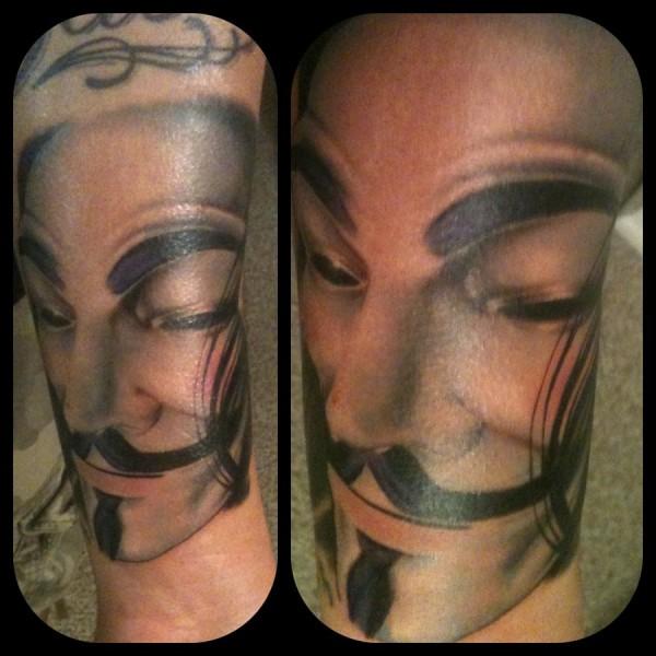 Tatuagens de V de Vinganca 41