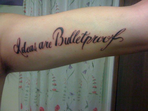 Tatuagens de V de Vinganca 55