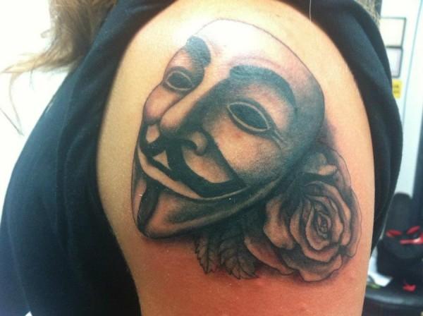 Tatuagens de V de Vinganca 56