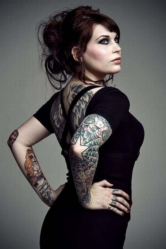 girls_with_tattoos_27