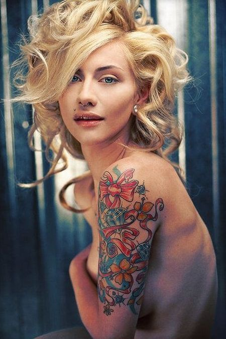 hot_girls_with_tattoos_30
