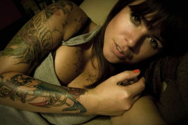 hot_girls_with_tattoos_39