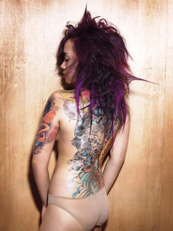 hot_girls_with_tattoos_48