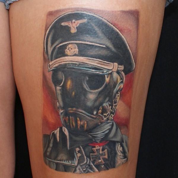 Tatuagens de Hellboy 24
