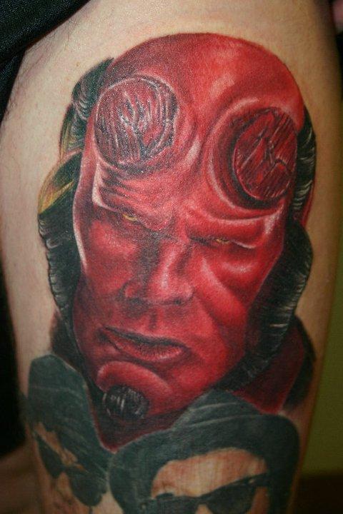 Tatuagens de Hellboy 54