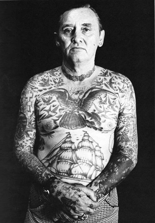 Tatuagens na terceira idade 11