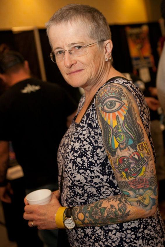 Tatuagens na terceira idade 23