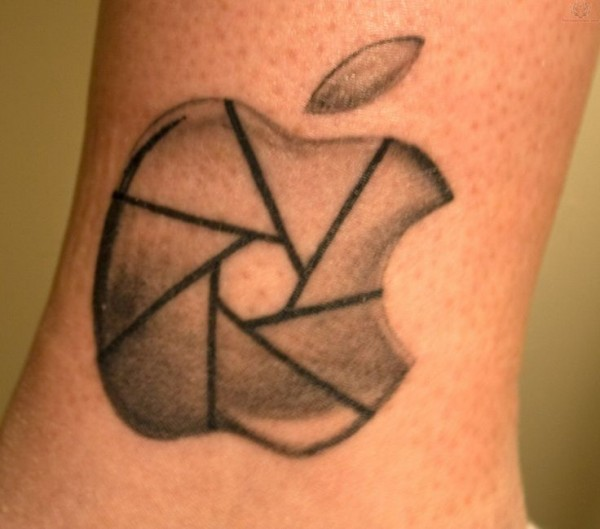 Tatuagens do logo da Apple 23